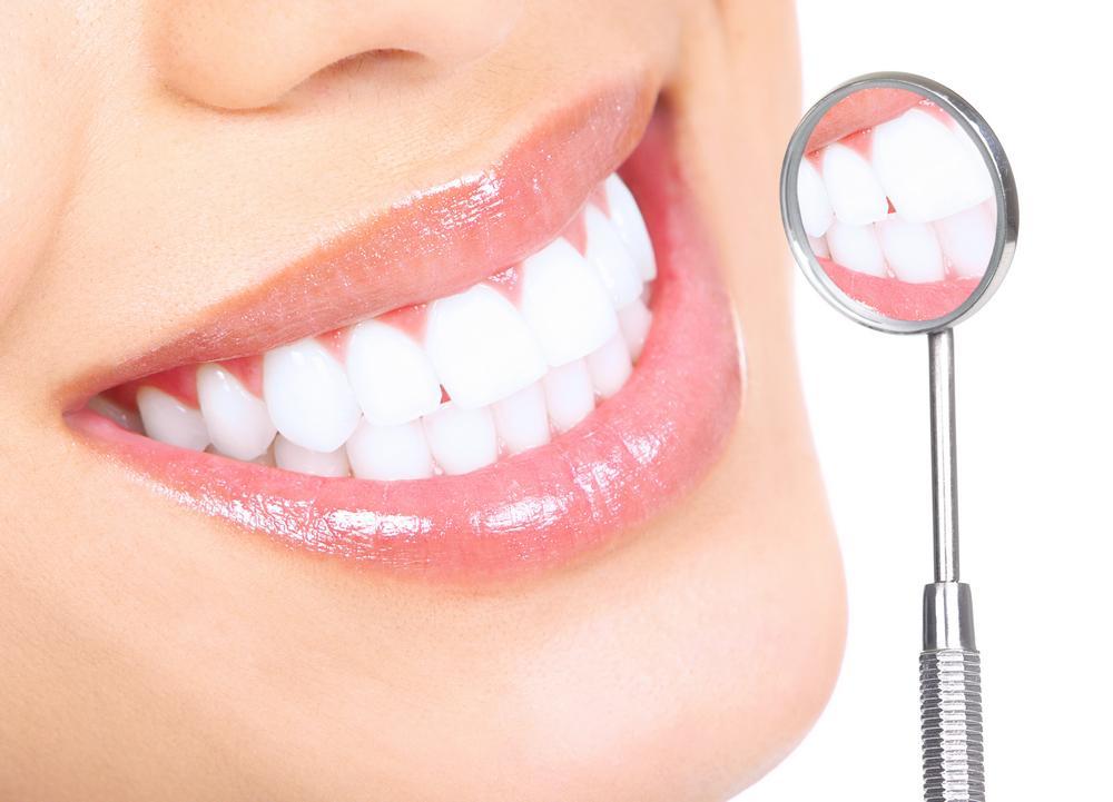 Блог клиники Complex Dent / Виды отбеливания зубов: их преимущества и недостатки | https://complex-dent.com.ua