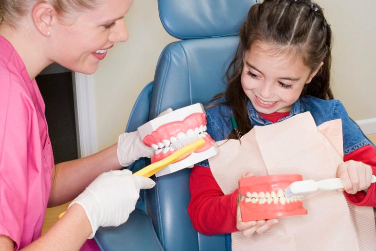 Профессиональная чистка зубов у детей - 2 | https://complex-dent.com.ua