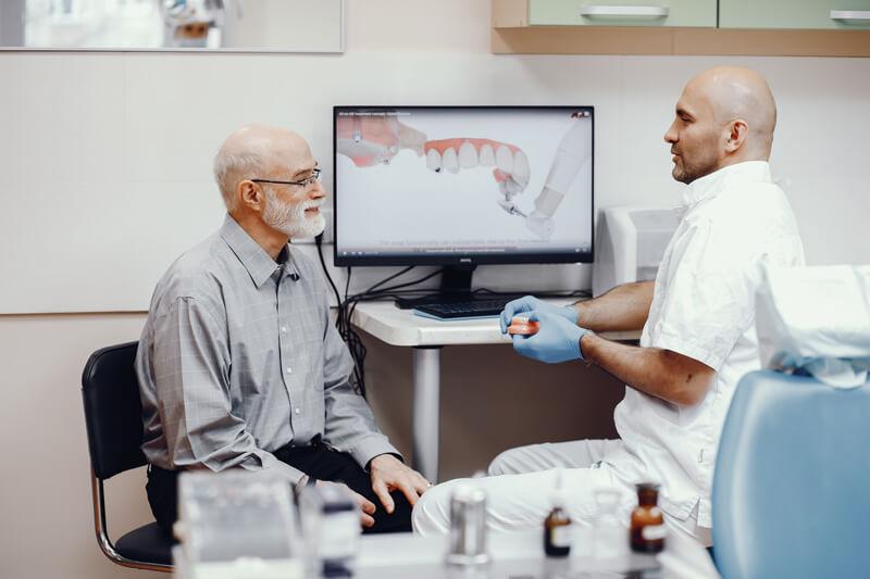 Лечение зубов для пенсионеров   https://complex-dent.com.ua